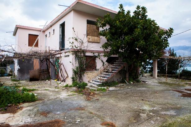 Agios Dhmhtrios Seismos (3)