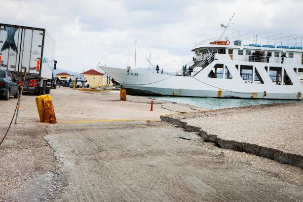 Limani Lhjoyri Seismos (2)