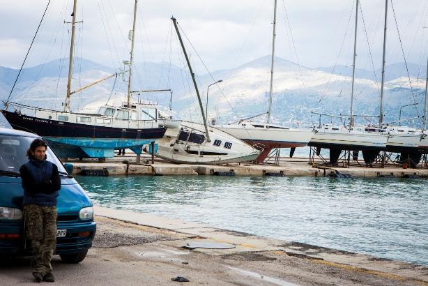 Limani Lhjoyri Seismos (3)